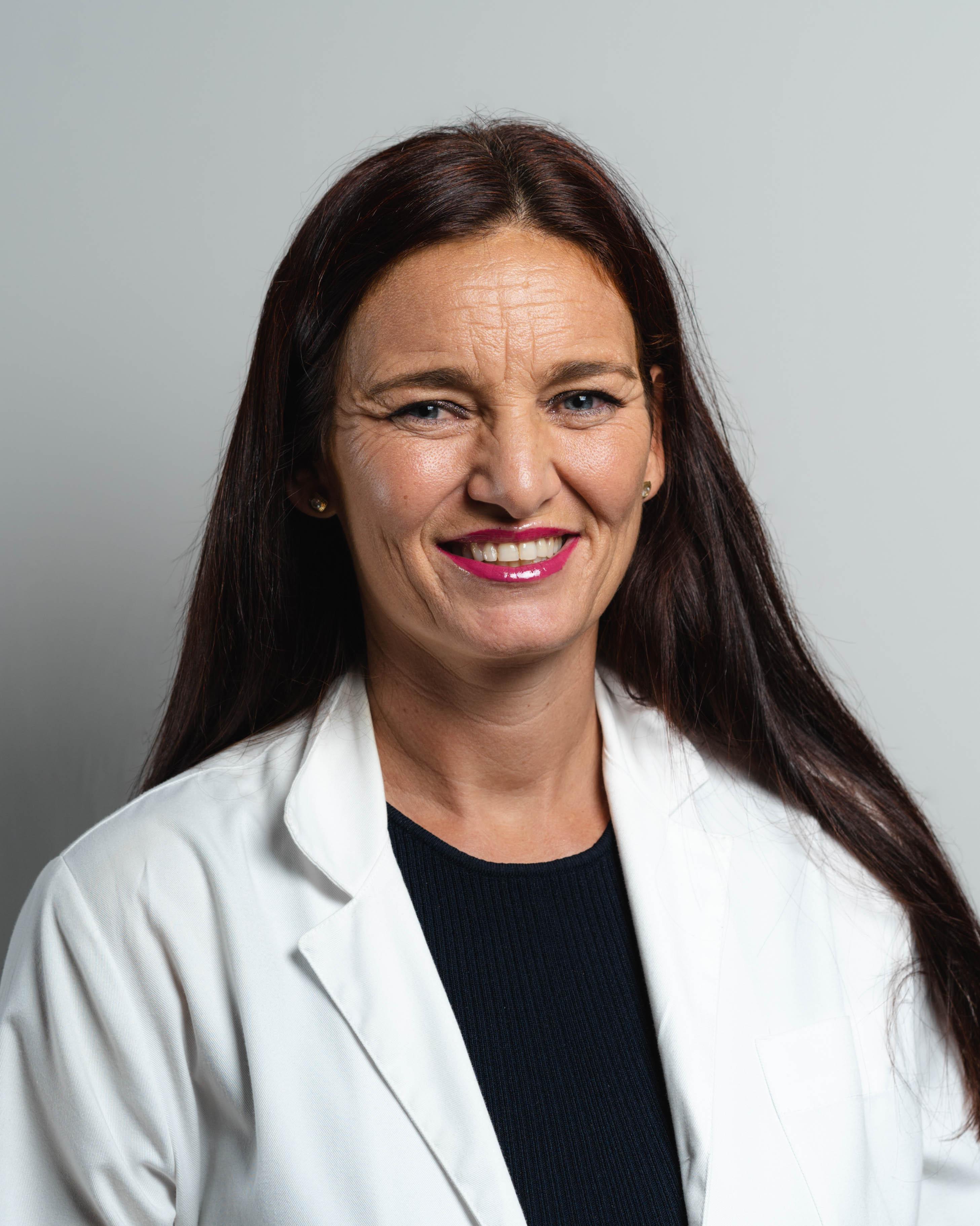 Dra Pilar Alba ALERGOLOGIA